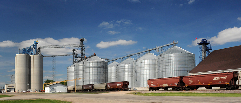 grain elevator, bin, train, train tracks, Co-op Connection, Transportation, 1000x430