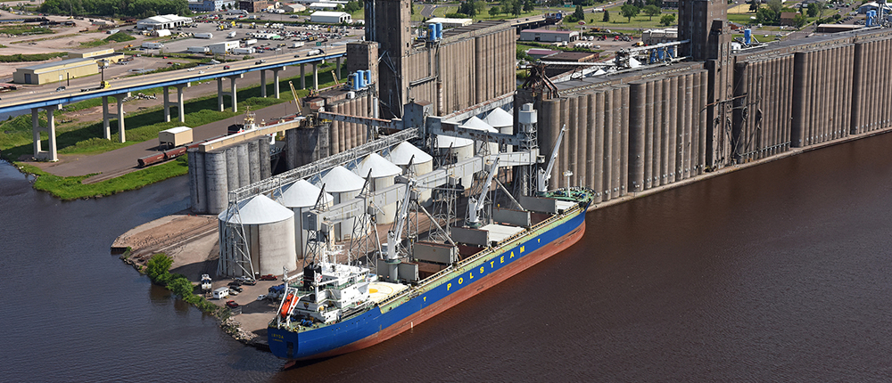 boat , ship , transportation , global , shipping and receiving , water , river , silo , storage , bridge , dock , superior_1000x430
